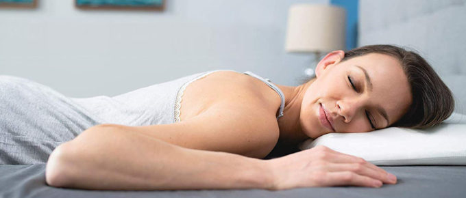 Ranking the best pillows for neck pain in 2020