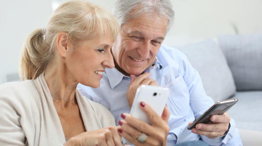 Ranking the best smartphones for seniors for 2020