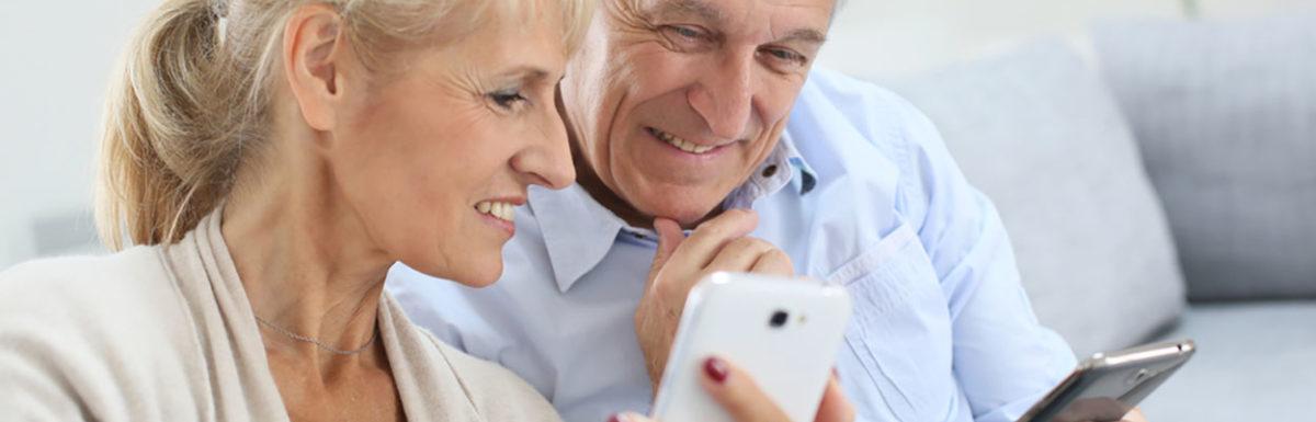 Ranking the best smartphones for seniors for 2021